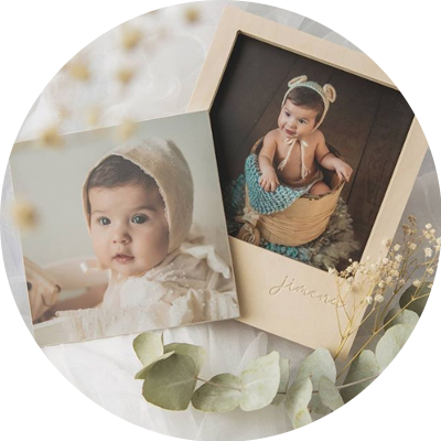 Caja de abedul con 4 fotografias de bebe en castellon